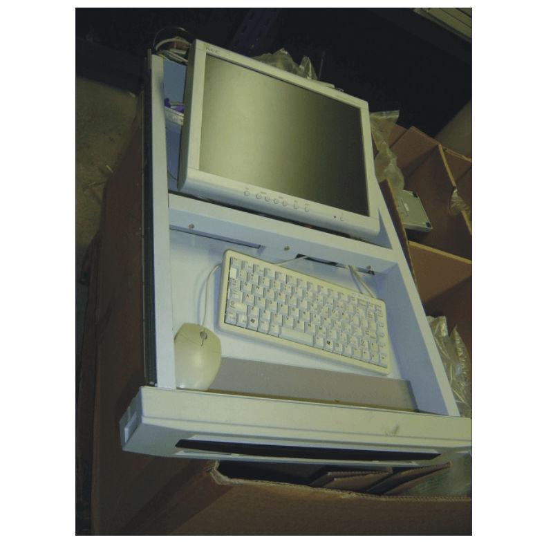 "Repasovaný LCD monitor NON 15"" RACK s kabelem se zárukou skladem."